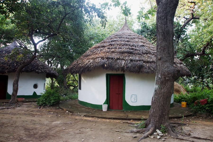 Janjangbureh hut